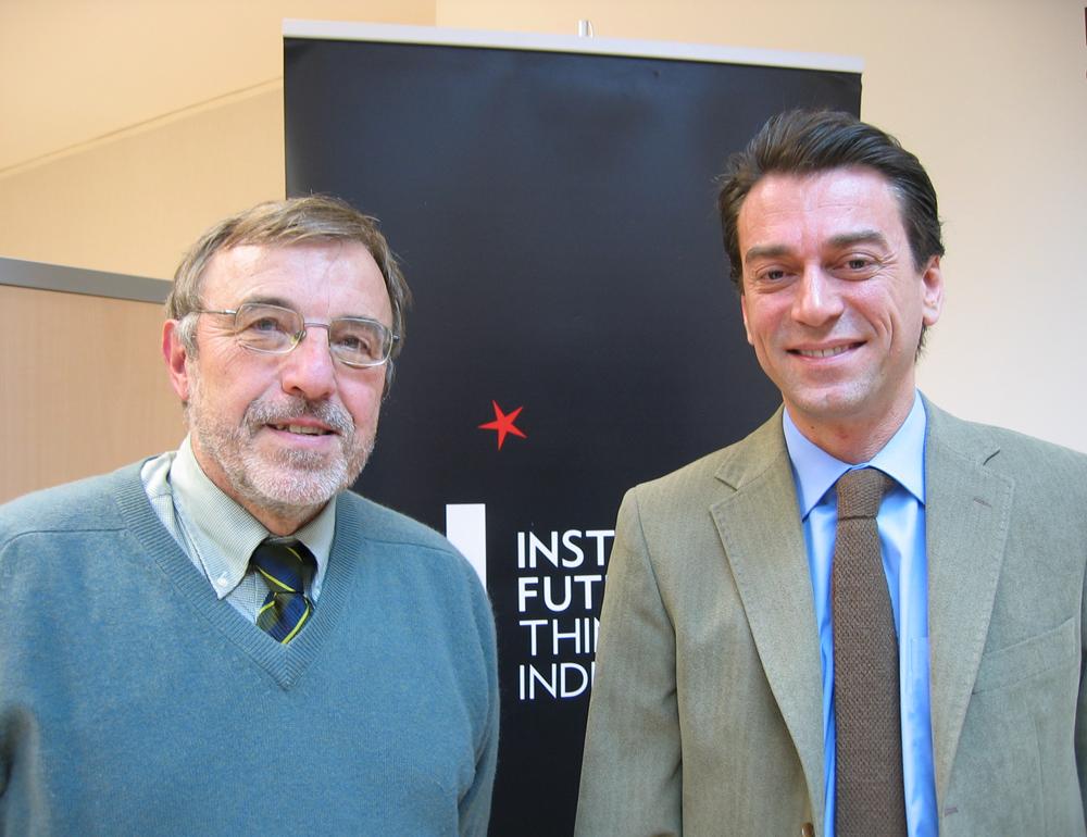 Seminario con Juan Franco, director general de Desarrollo Internacional del Gobierno de Navarra