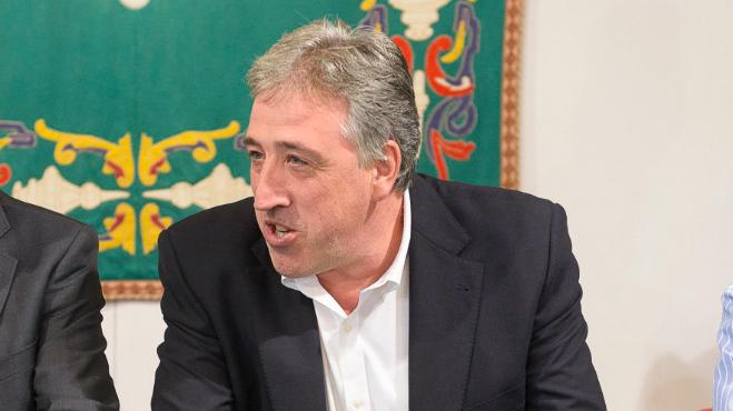 Este es el precio que paga cada pamplonés para costear los 62.071 euros del sueldo del alcalde, Joseba Asirón