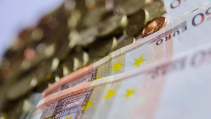 Navarra cuenta con unos ingresos medios anuales de 13.937 euros por persona  Negocios en Navarra
